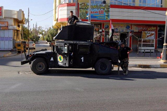 Vehículo camioneta de la Policía Federal iraquí en Kirkuk