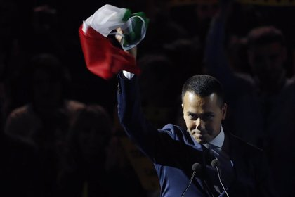Di Maio descarta un acuerdo entre el M5S y el partido de Renzi para evitar unas elecciones anticipadas en Italia