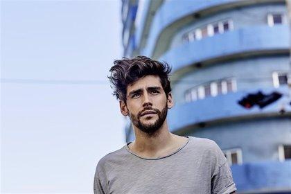 Álvaro Soler presenta su disco 'Mar de Colores' en una nueva sesión del Tío Pepe Festival de Jerez