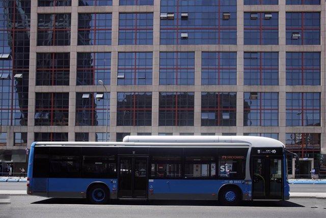 Imagen de recurso de un autobús de la EMT.