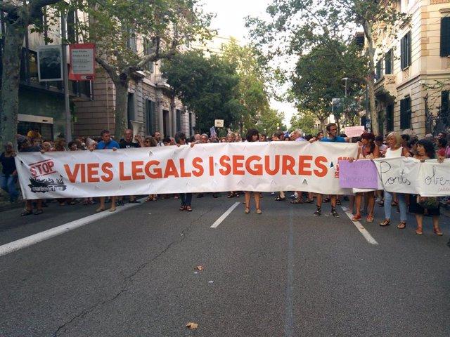 Concentración en Barcelona en favor de Open Arms