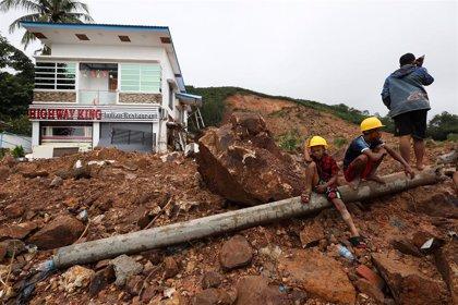 Aumentan a 57 los muertos a causa de un deslizamiento de tierra en el sur de Birmania