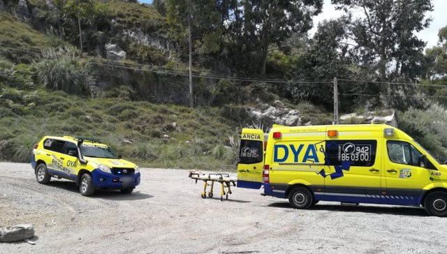 Resultado de imagen de ambulancia en el monte
