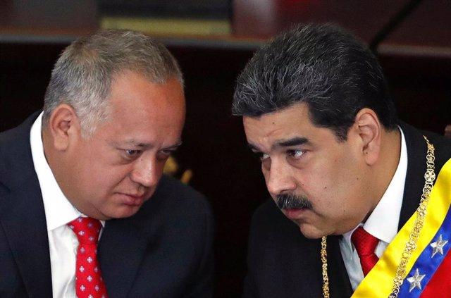 Diosdado Cabello y Nicolás Maduro en la Asamblea Constituyente