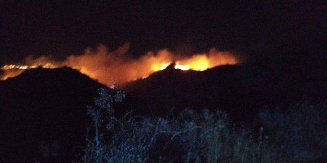 Incendio en la zona de Cazadores, en Telde