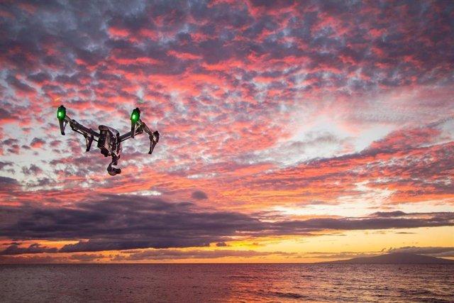 Dron en el mar
