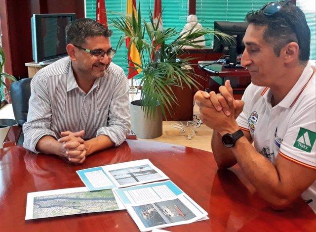 Javier Sanz dará la vuelta a nado a la isla de Manhattan