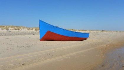 Interceptan a diez migrantes tras llegar a Menorca en patera