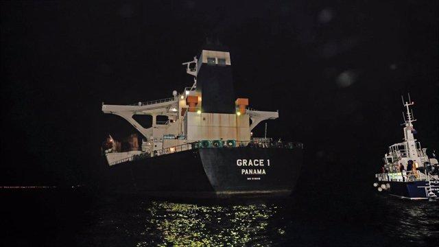 El superpetrolero iraní 'Grace 1', retenido en Gibraltar