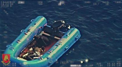 Malta localiza una patera con un migrante muerto y otro en estado crítico