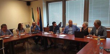 Imbroda defiende formación continua del profesorado en una reunión con decanos de las universidades públicas andaluzas