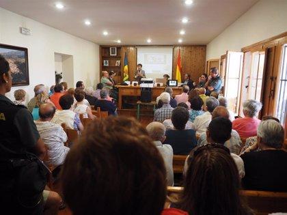 La delegada del Gobierno llama a los mayores a estar prevenidos al ser víctimas propiciatorias de la delincuencia