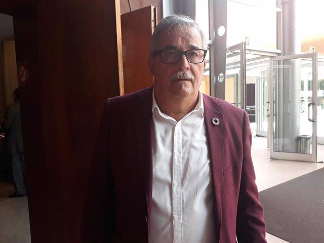 El alcalde de Mieres, Anibal Vázquez, antes de asistir a un acto en la Fidma
