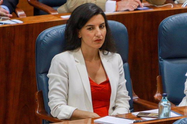 La portavoz de Vox en la Asamblea de Madrid, Rocío Monasterio, durante la primera sesión del segundo pleno de investidura de la candidata del PP a la Presidencia de la Comunidad de Madrid.