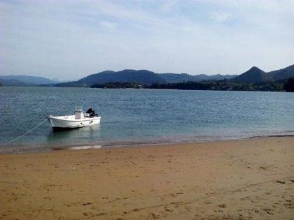 Baño autorizado en todas las playas de Bizkaia, aunque en once hay que entrar al agua con precaución