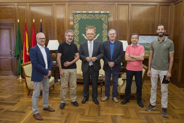 Visita Asociación de Municipios del Camino de Santiago al Ayuntamiento de Pamplona