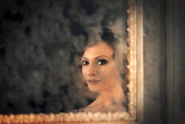 La soprano Davinia Rodríguez defiende a Plácido Domingo de las acusaciones de acoso sexual