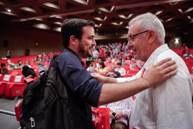Cayo Lara con Alberto Garzón en la I Jornada de la XI Asamblea Federal de IU