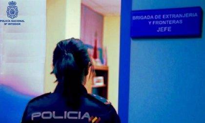 Estafa 25.000 € haciéndose pasar por empleada de notaría que ayuda a reagrupar familias senegalesas