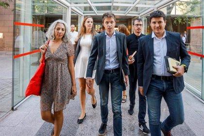 """Errejón dice que hoy nacerá un gobierno """"chantajeado por Vox, amenazado por la corrupción y con más pasado que futuro"""""""