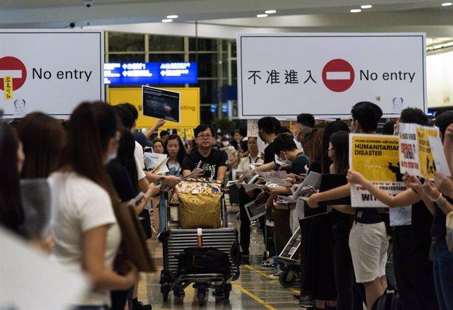 Protestes en l'aeroport d'Hong Kong