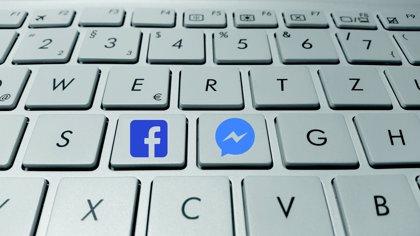 Facebook también escuchaba las conversaciones de sus usuarios para las transcripciones de audio en Messenger
