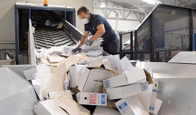 La Junta de Expurgo ha acordado la destrucción de 1,6 millones de documentos sin valor