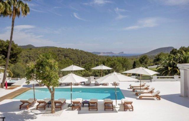 Foto de una terraza de la segunda casa más cara del mercado español en Ibiza.