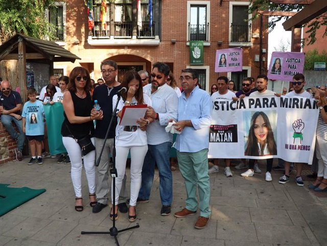 Manifestación de condena por su muerte