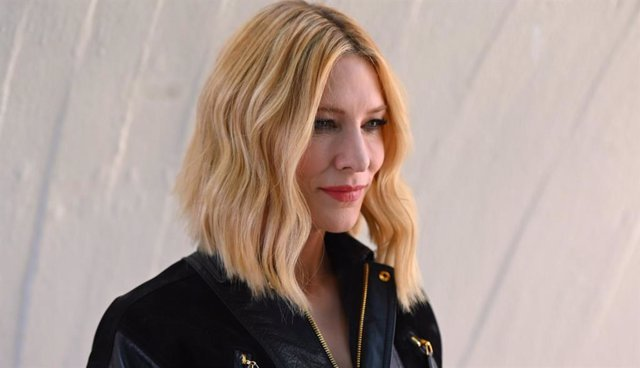 Cate Blanchett en la Louis Vuitton Cruise 2020 Fashion Show