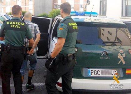 Detenido un joven de Gijón cerca de una discoteca de Castro con cocaína, MDMA, ketamina y hachís
