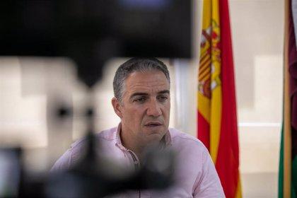 """La Junta dice que adjudicó la plaza a la hermana del presidente andaluz """"con absoluta pulcritud"""""""
