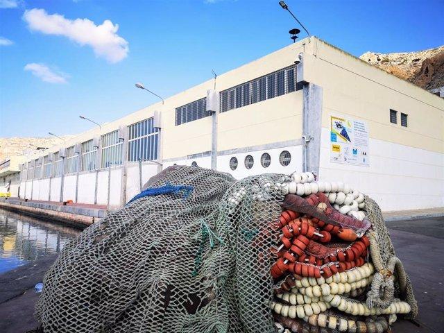Edificio de la antigüa lonja en el puerto de Almería