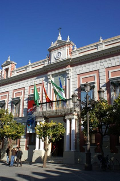 La Casa de la Provincia de Sevilla mantiene en verano una oferta expositiva donde destacan Manuel Cuervo y Ágreda