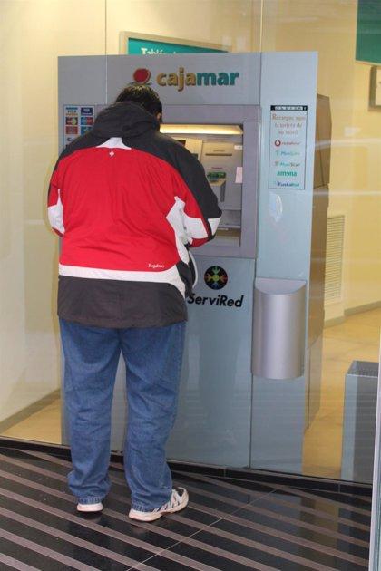 C-LM estudia un plan para que los bancos presten servicio con cajeros en los pueblos que no tengan oficinas