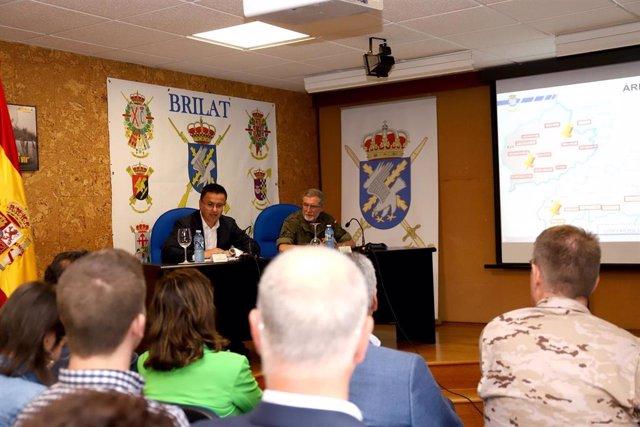 PRESENTACIÓN DE INFORMACIÓN SOBRE LA OPERACIÓN CENTINELA GALLEGO DE LA BRILAT DE PONTEVEDRA.