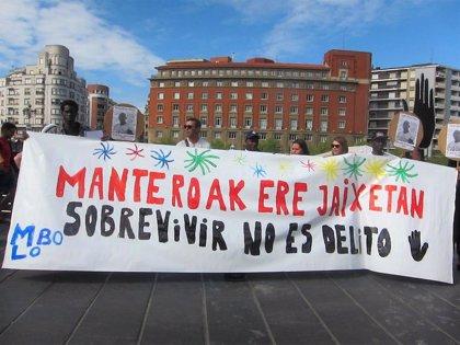 """SOS Racismo Bizkaia pide que no se """"criminalice"""" a los manteros y que la Aste Nagusia no se convierta en """"una cacería"""""""