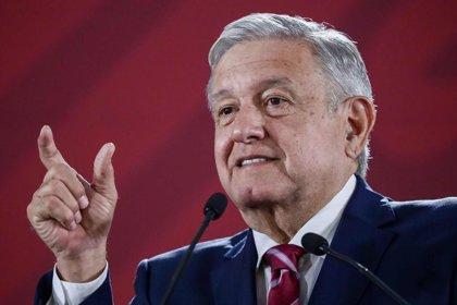López Obrador dice que no se investiga a Peña Nieto tras detención de una exministra