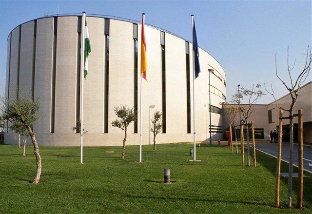 Centro de control aéreo de ENAIRE en Sevilla.
