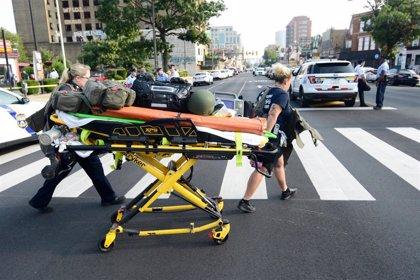 Al menos seis agentes de Policía heridos en un tiroteo en Filadelfia