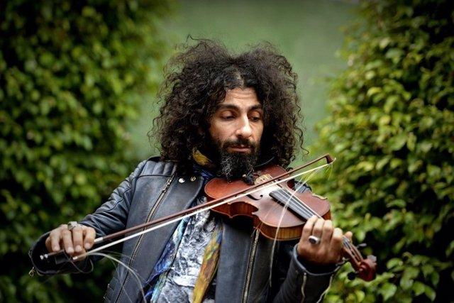 El violinista Llaura Malikian, en una fotografia d'arxiu.