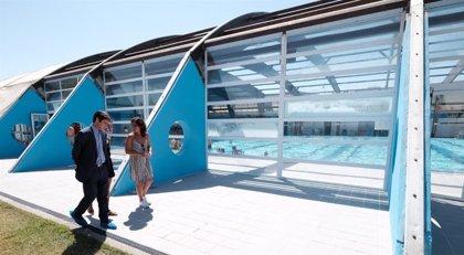 Más de 7.300 menores acceden a piscinas municipales a través del programa de baño social del Ayuntamiento de Sevilla
