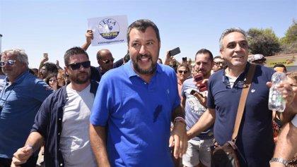 """Salvini recibe """"con estupor"""" las críticas y alega que, sin su """"firmeza"""", la UE """"no habría movido un dedo"""""""
