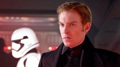 """Domhnall Gleeson avisa: Star Wars 9: El ascenso de Skywalker es totalmente """"diferente"""" a lo esperado"""