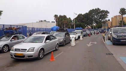 Melilla vive el día con más vehículos de la Operación Paso del Estrecho con la salida de 1.130 y la llegada de 490
