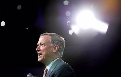 El demócrata Hickenlooper pone fin a su campaña electoral para los comicios de 2020