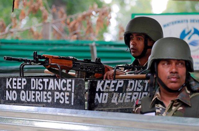 Fuerzas de seguridad indias en Srinagar, Cachemira