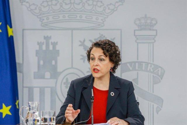 La ministra de Trabajo, Migraciones y Seguridad Social en funciones, Magdalena Valerio, comparece ante los medios de comunicación tras una reunión del Consejo de Ministros en Moncloa.