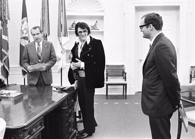 President Richard Nixon meets with Elvis Presley