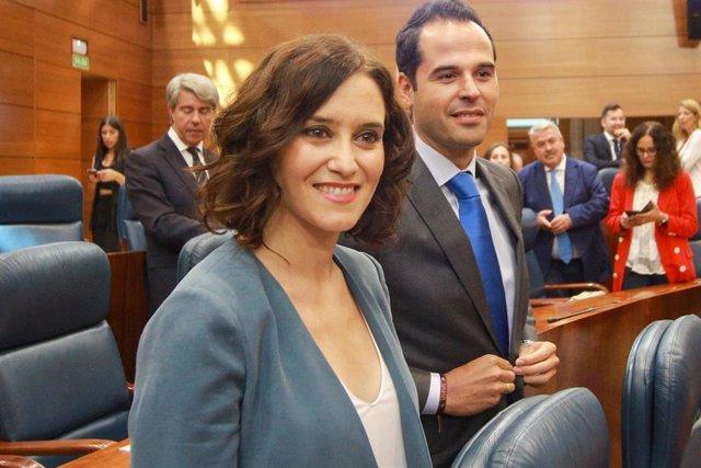 Imagen de archivo de la presidenta de la Comunidad de Madrid, Isabel Díaz Ayuso y el portavoz de Ciudadanos en la Asamblea de Madrid, Ignacio Aguado.
